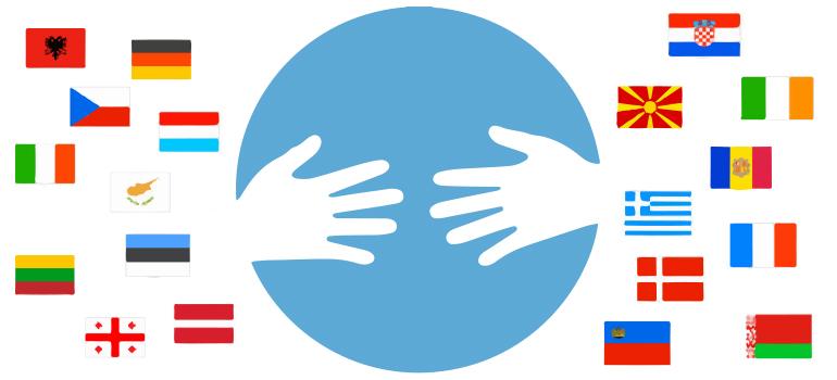 Ein Kreis, in dem sich zwei Hände beinahe berühren, darumherum Flaggen verschiedener Länder